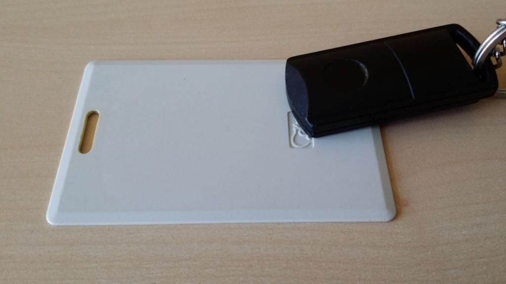 RFID im Einsatz | Einlasskontrolle und Schaltung der Alarmanlage