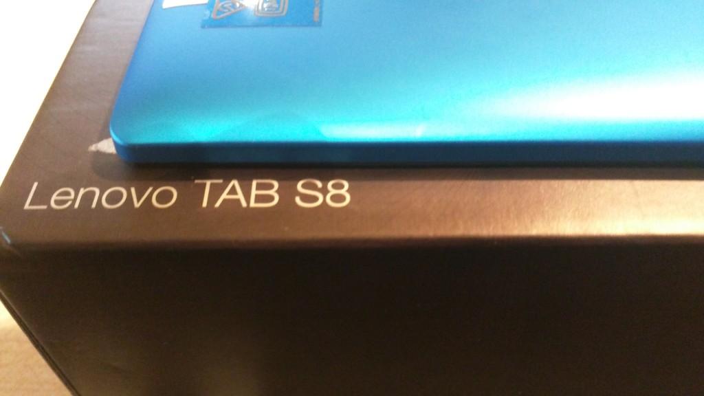 Lenovo Tab S8 | blaue Rückseite