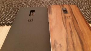 OnePlus Two StyleSwap Rückseite mit Sandstone Black und Rosewood