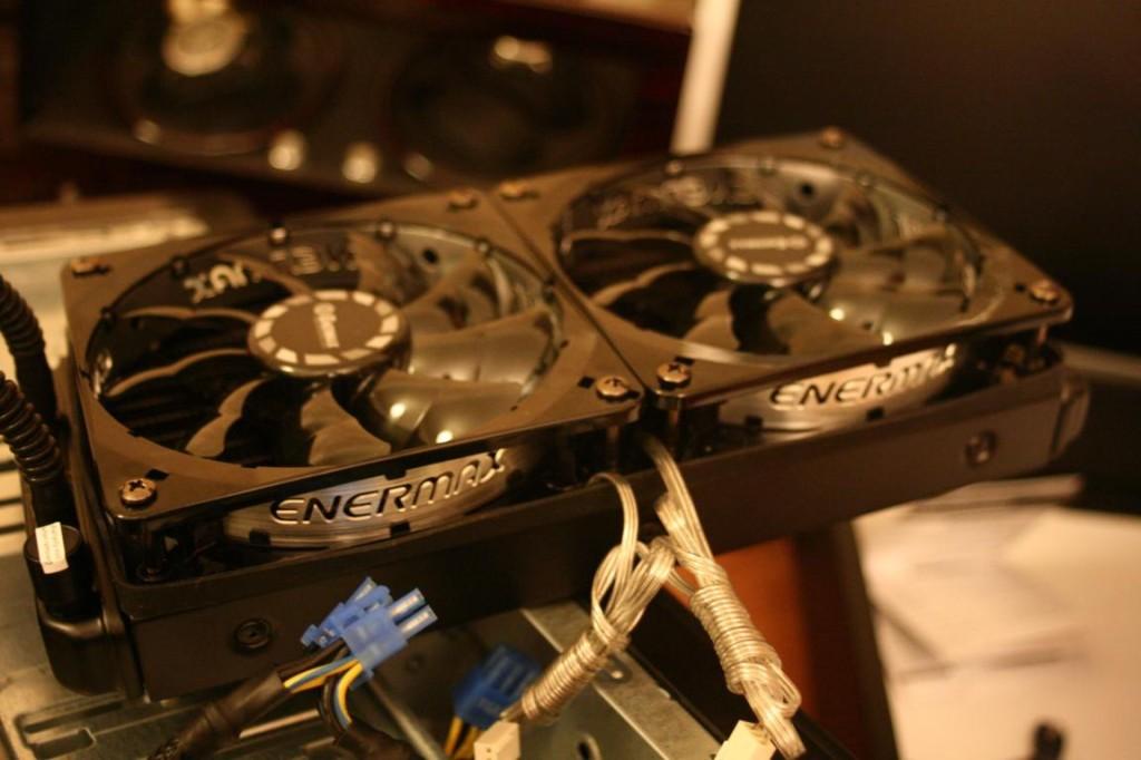 PC richtig aufrüsten | Lüfter für Wasserkühlung