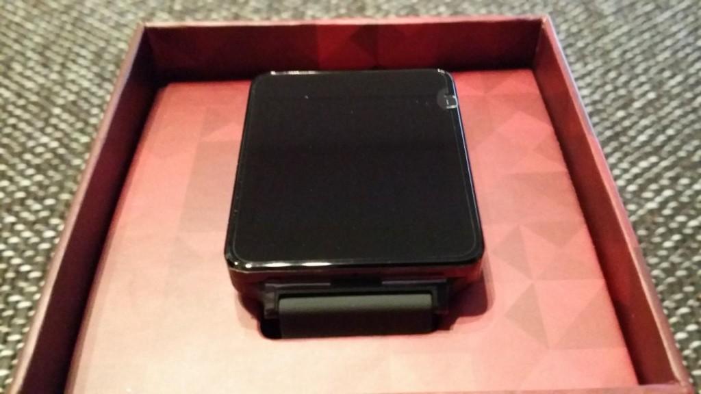 LG G Watch ausgepackt | Da ist das Ding