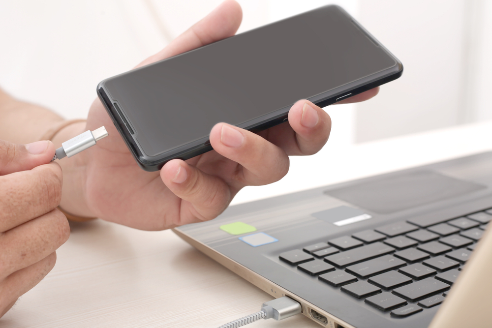 smartphone an pc anschließenn